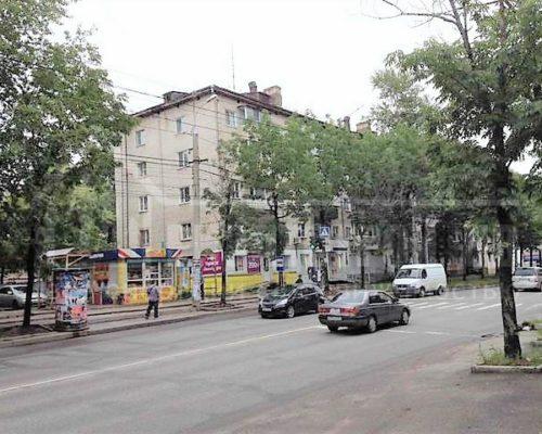 продам 1-ю квартиру в центре (на Ленинградской)