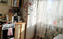 Продам 2-х комнатную квартиру на Спутнике
