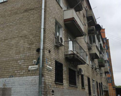 продам 2-х комн квартиру в центре (Уссурийский бульвар)