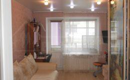 Продам 2-комнатную квартиру, ул. Хабаровская 2 (остановка Большая)