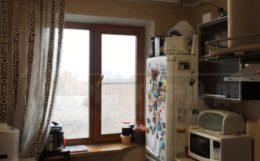 продам 3-х комнатную квартиру близко к центру ( Кирпичный Завод).