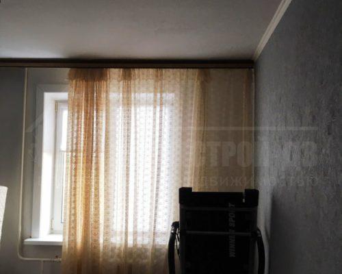 продам 2-х комнатную на ДОСах новой планировки