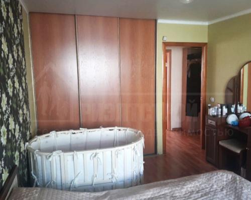 Продам 2-х комнатную квартиру близко к центру ( Сингапур)