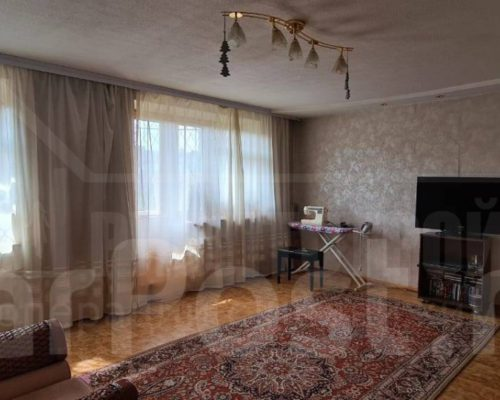 Продам 5-ти комнатную квартиру на Платинум Арене,